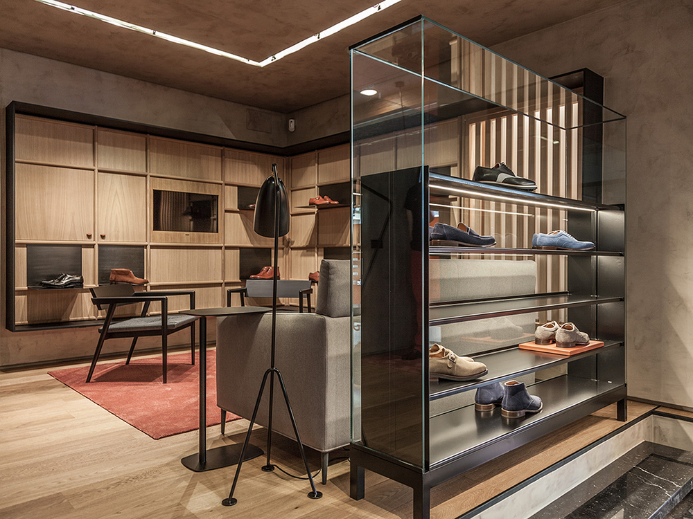 CuldeSac designs refined workshop for Glent's Madrid flagship