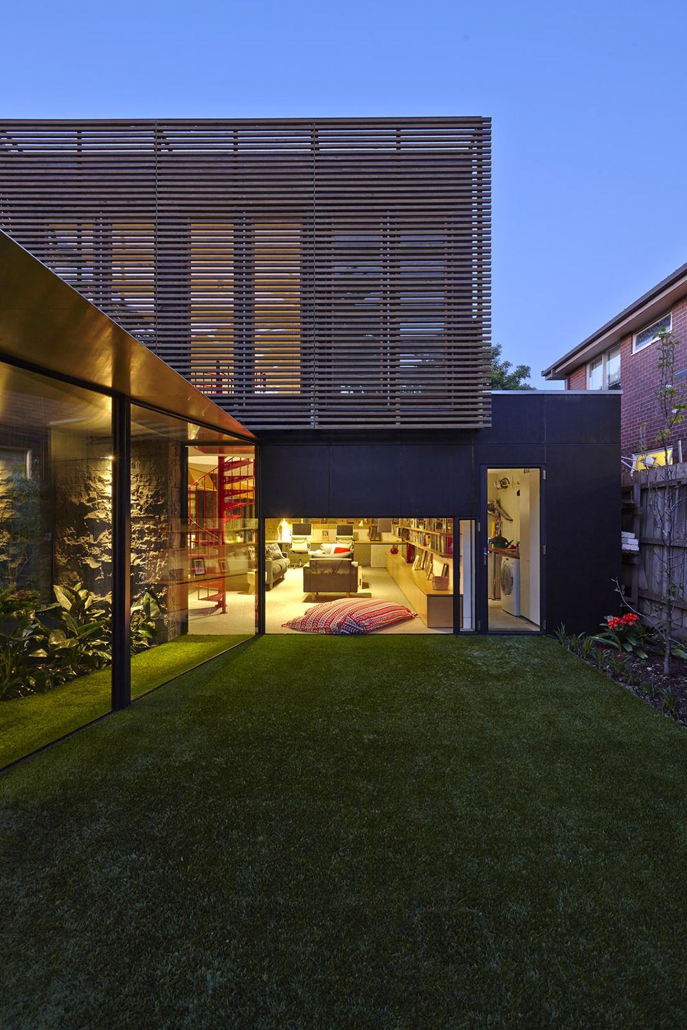 Walker House by Maynard Architects