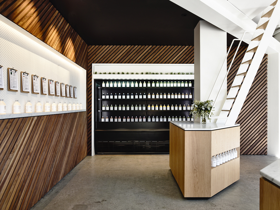 Travis Walton Architects Designs Manhattan-Inspired Organic  Elixir Bar In Melbourne