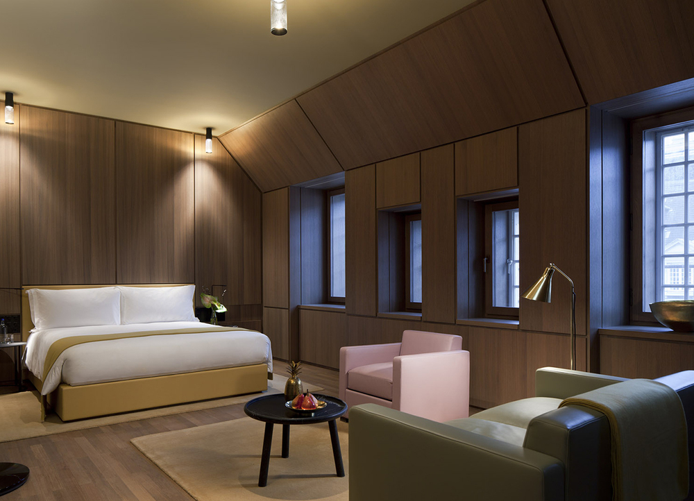 Legacy of luxury david chipperfield reinvents london 39 s for Hotel design london