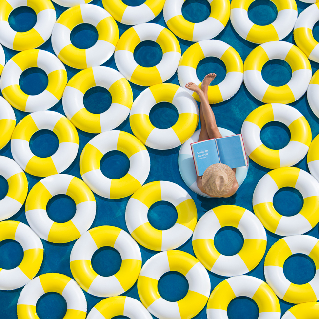 Gray-Malin-Photography-Poolside-Art-Summer-2015-A.jpg