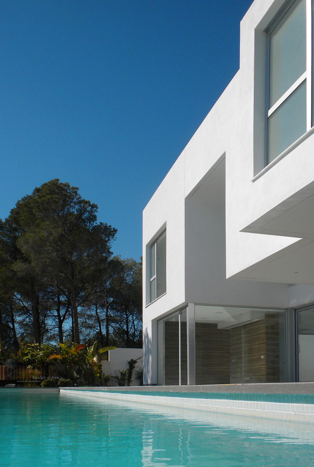 The Water House: Esculpir el Aire Sculpt Contemporary Spanish Dwelling