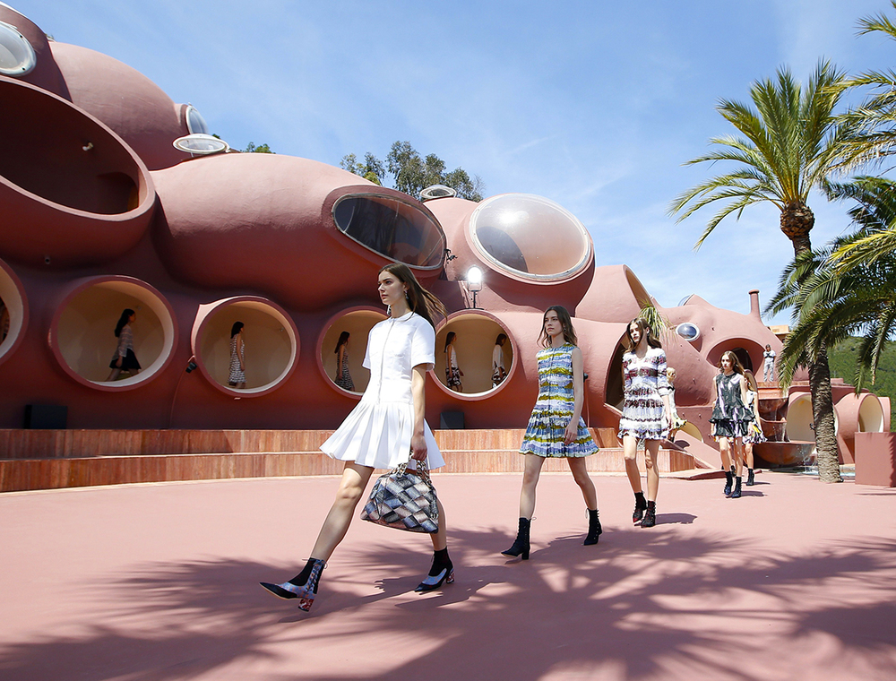 Raf Simons Unveils Dior's 2016 Cruise Collection in the Salons of the Palais Bulles