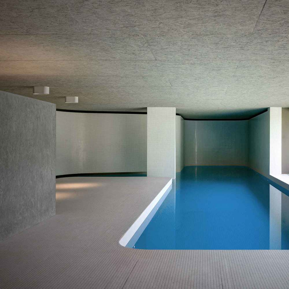 Act_romegialli designs indoor swimming pool in historical Italian home