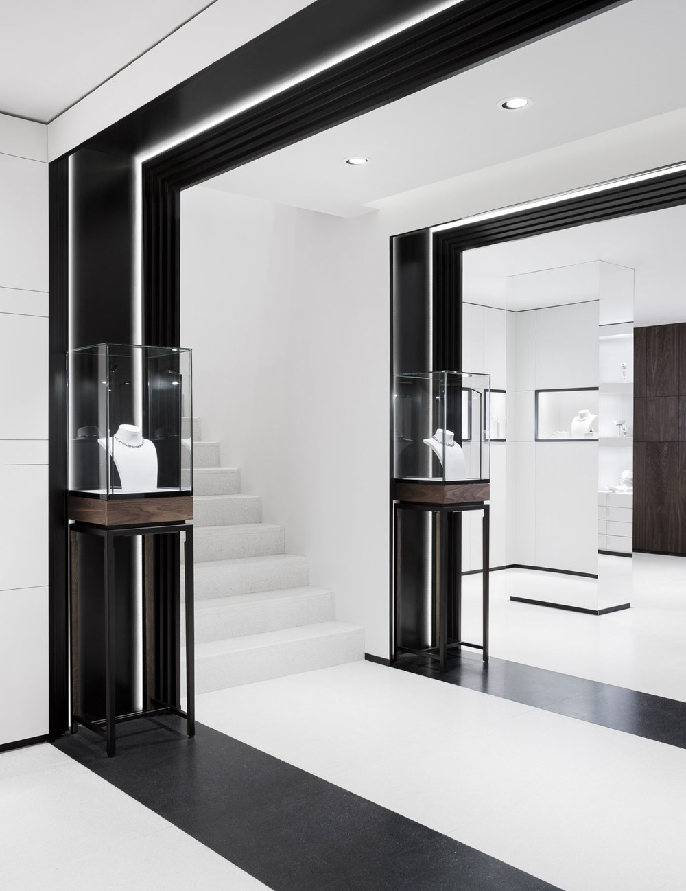 Stock Room Design: David Thulstrup Designs Symmetrical Space For Georg Jensen