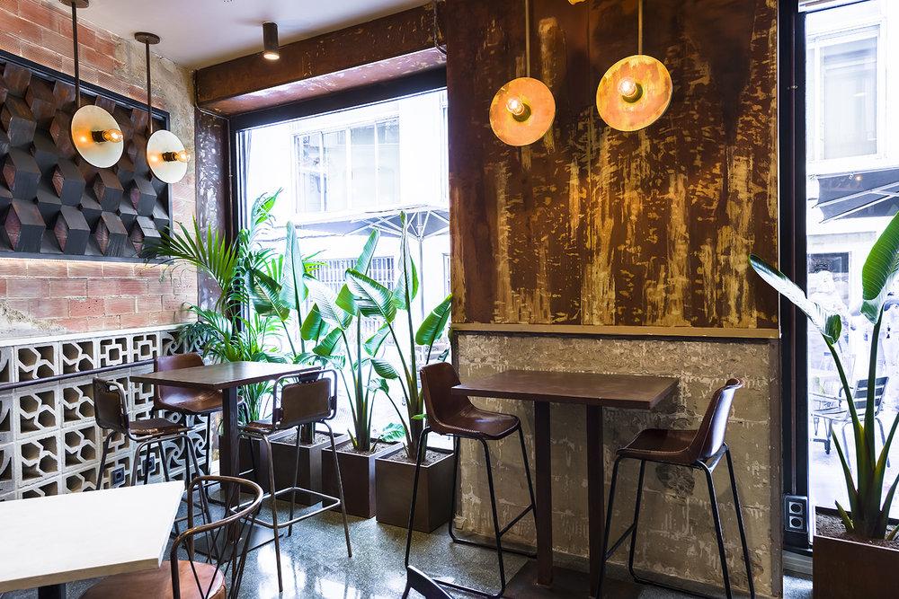 La Manera dining room
