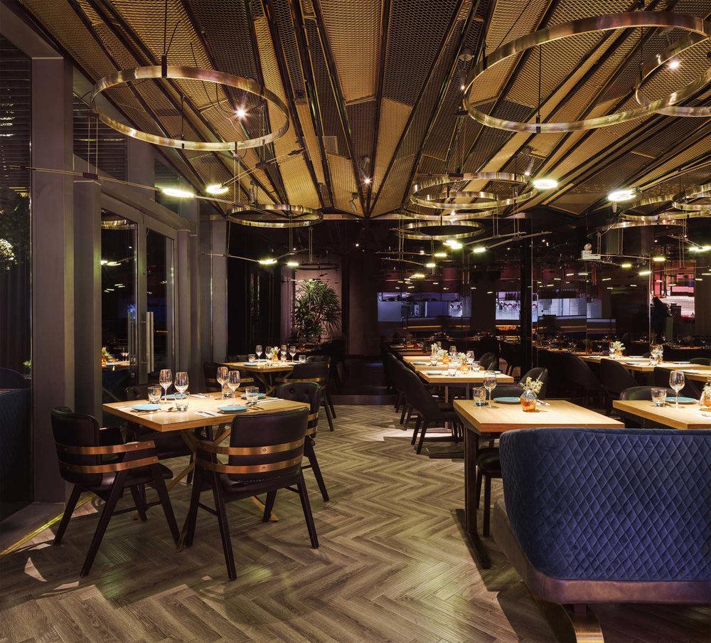 Vida dining room