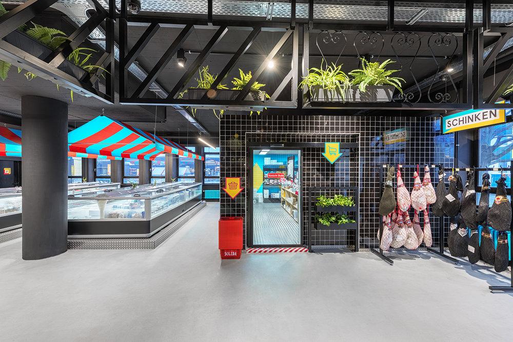 solera supermarket reach in cooler