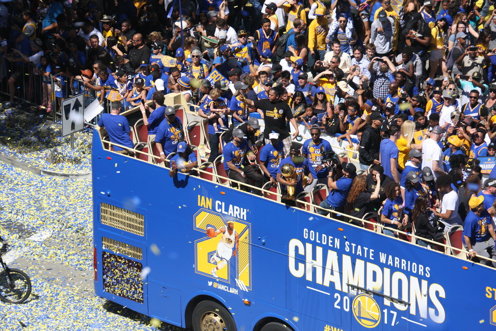 warriors paradeOAK