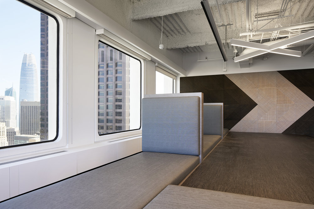 Stage_Window_Seating_DSC5450_website.jpg