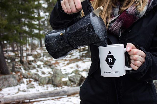 It may be the middle of winter, but coffee is always here to warm you up ❄️ •  #coffee #roastery #coffeeaddict #coffeetime #instacoffee #coffeeshop #coffeegeek #coffeegram #coffeelover #thirdwavecoffee #coffeeroaster #caffeine #coffeesesh #singleorigin #coffeelife #coffeeculture #coffeeshots #coffeebean #thirdwave #instagood #cafeespecial #coffeelove #Rowster