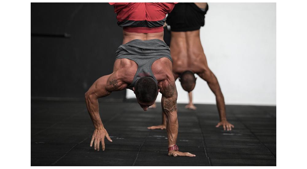 Gonçalo Barriga-CrossFit athletes handstand