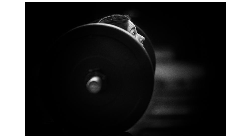 Gonçalo Barriga-atleta CrossFit com barra