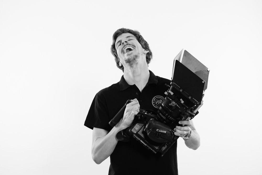 Gonçalo Barriga Photographer - Black & White Studio Professional Headshot