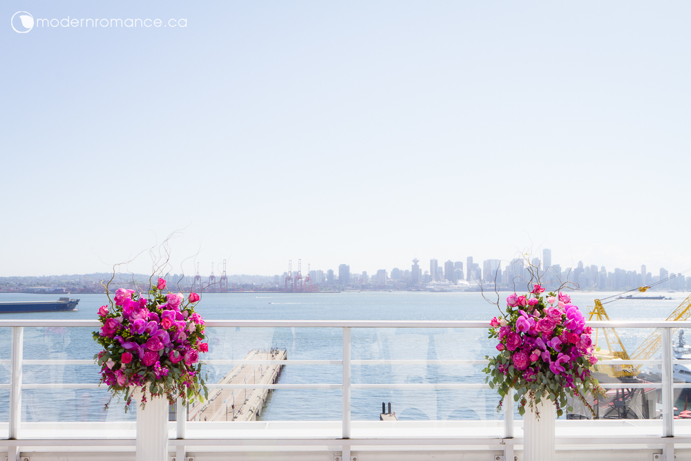 One of the best ceremony sites to have on a sunny day in Vancouver - the balcony on 8th floor at Pinnacle At the Pier! Can't resist the view of downtown Vancouver!