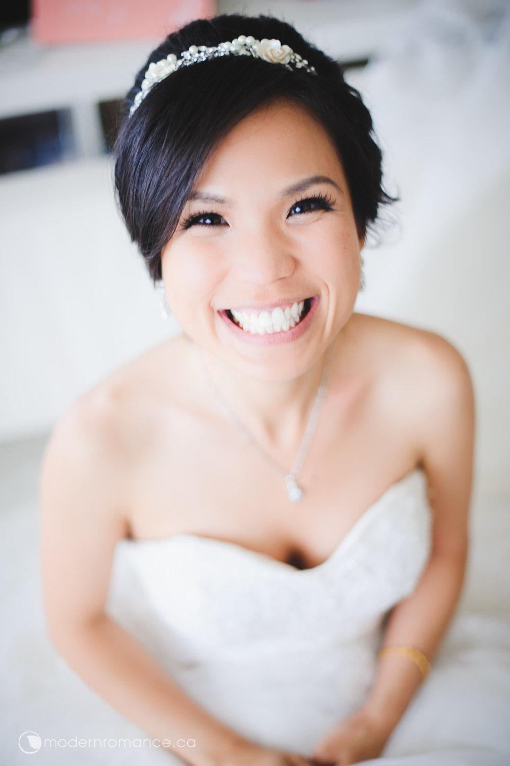 1.1 bride prep-0156.jpg