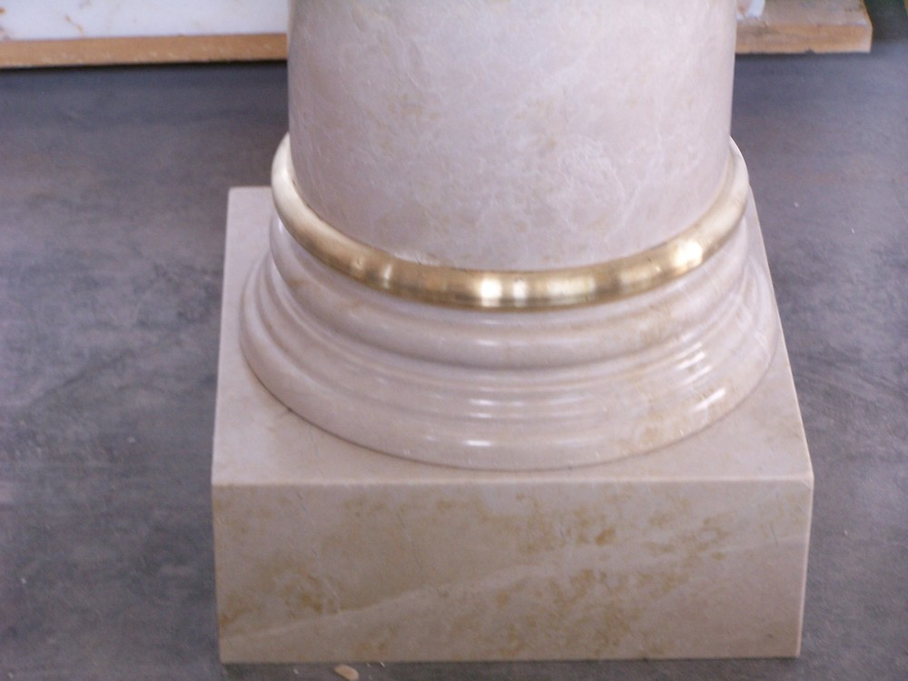 columnsbase.jpg