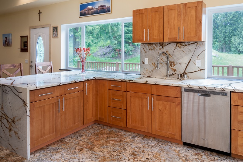 granite kitchen online format.jpg