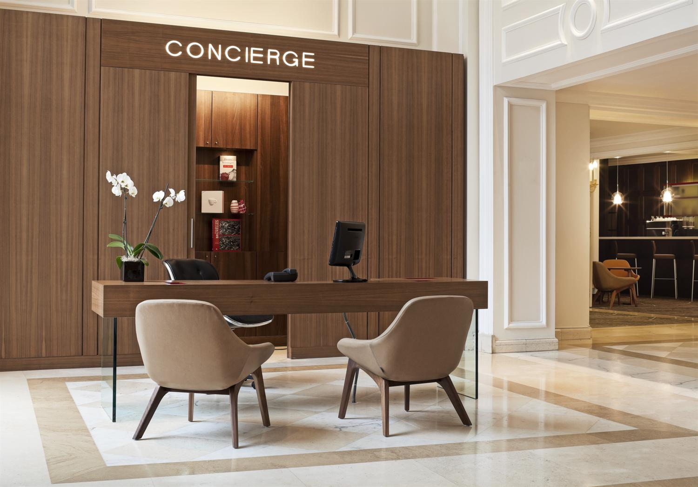 the las vegas hotel concierge experience - Concierge Desk Design