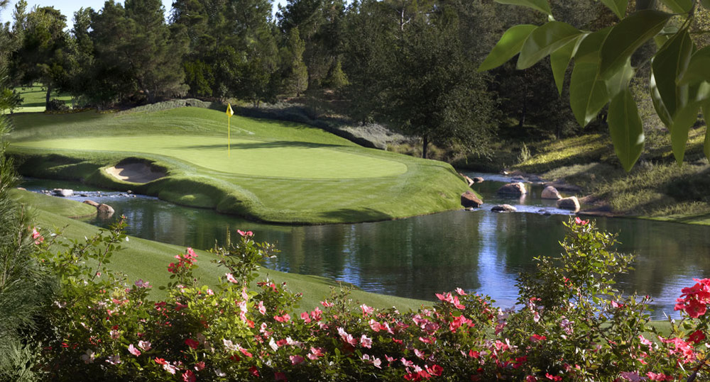Blackjack to Par 4's, Wynn Las Vegas brings the best of both worlds.