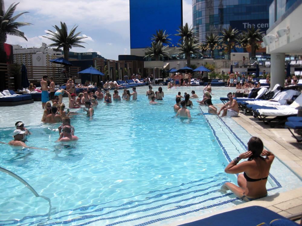 Cosmo Vegaster Blvd Pool Reservations.jpg