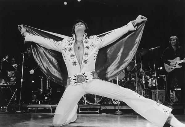 Elvis Dancing Blue Suede Shoes