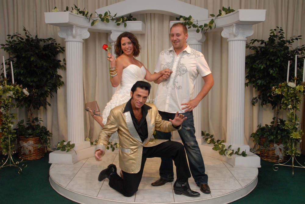 elvis Las Vegas Wedding.JPG