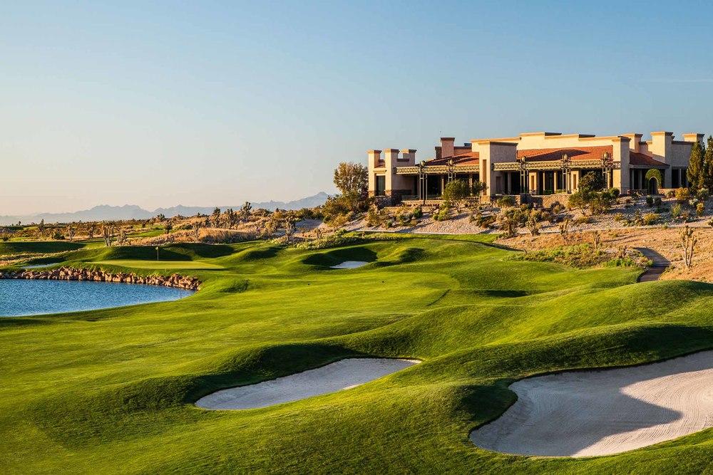 Golfing in Las Vegas.jpg