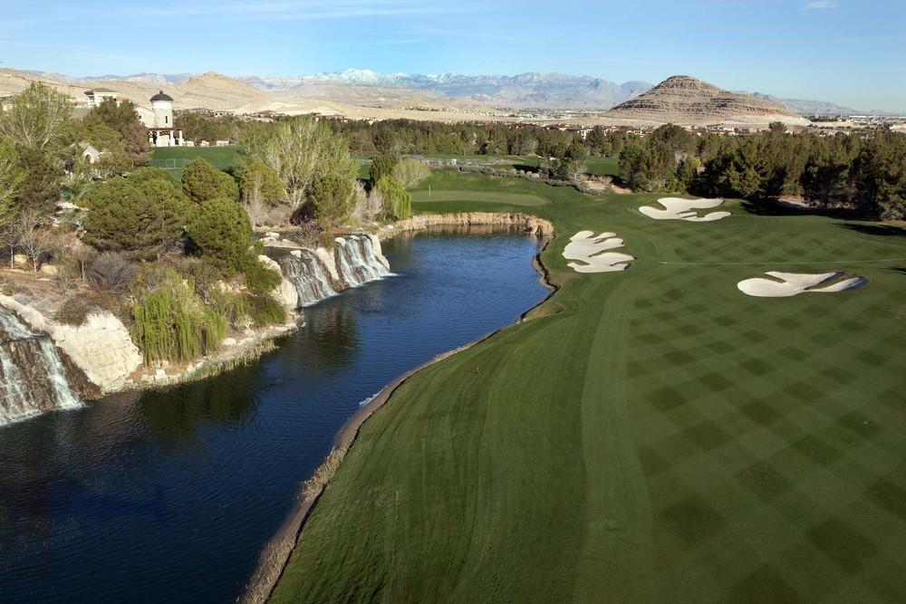 Las Vegas Golf Course.jpg