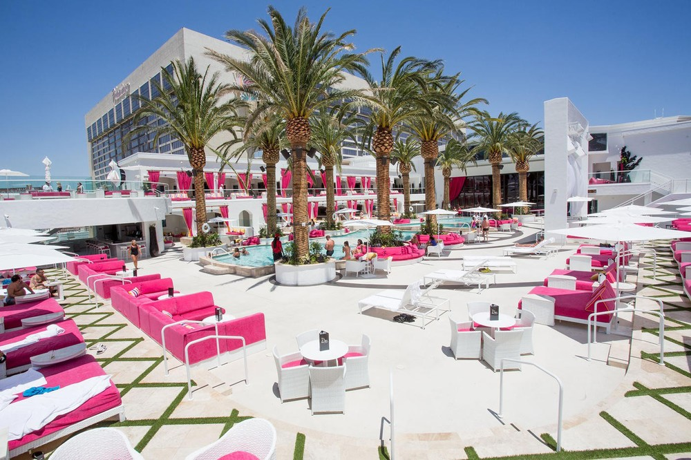 Drai's Beach Club atop The Cromwell Hotel & Casino