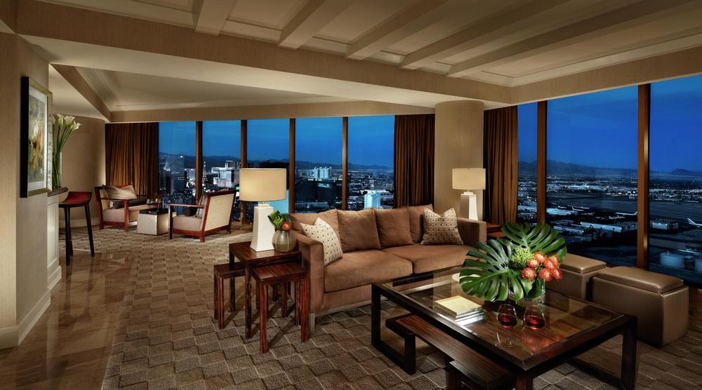 mandalay-bay-hotel-room-vista-suite-living-space.jpg