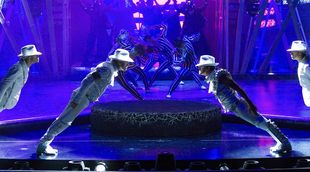 mandalay-bay-entertainment-michael-jackson-one-smooth-criminal-dancers.jpg