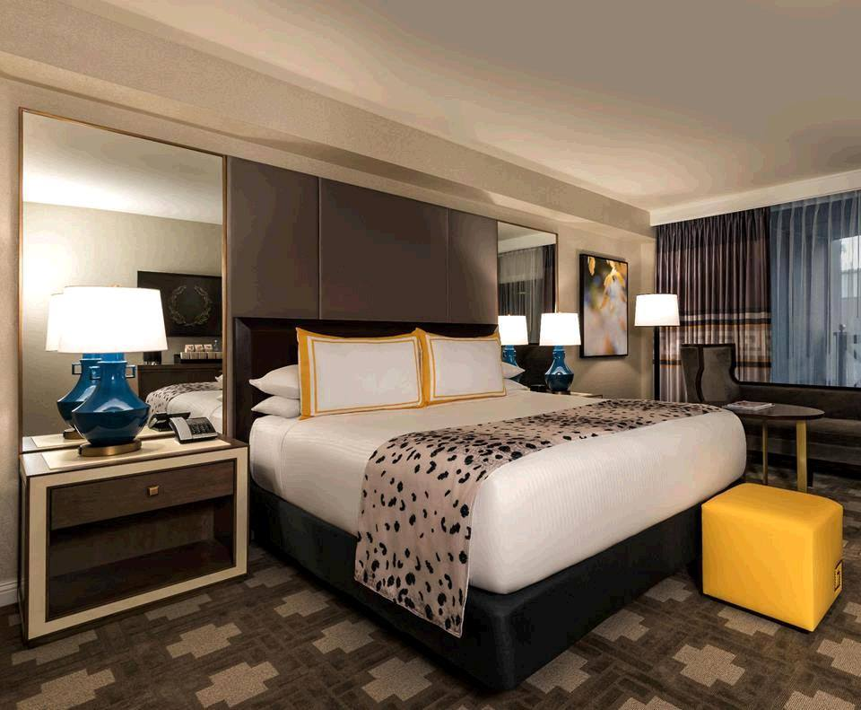 Julius Caesar Junior Suite at Caesars Palace Las Vegas