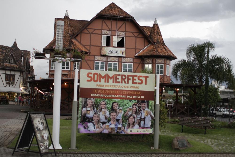 Sommerfest vai até 13 de fevereiro, sempre nas noites de quinta-feira, das 19h à 1h (Foto: Altair Nobre)