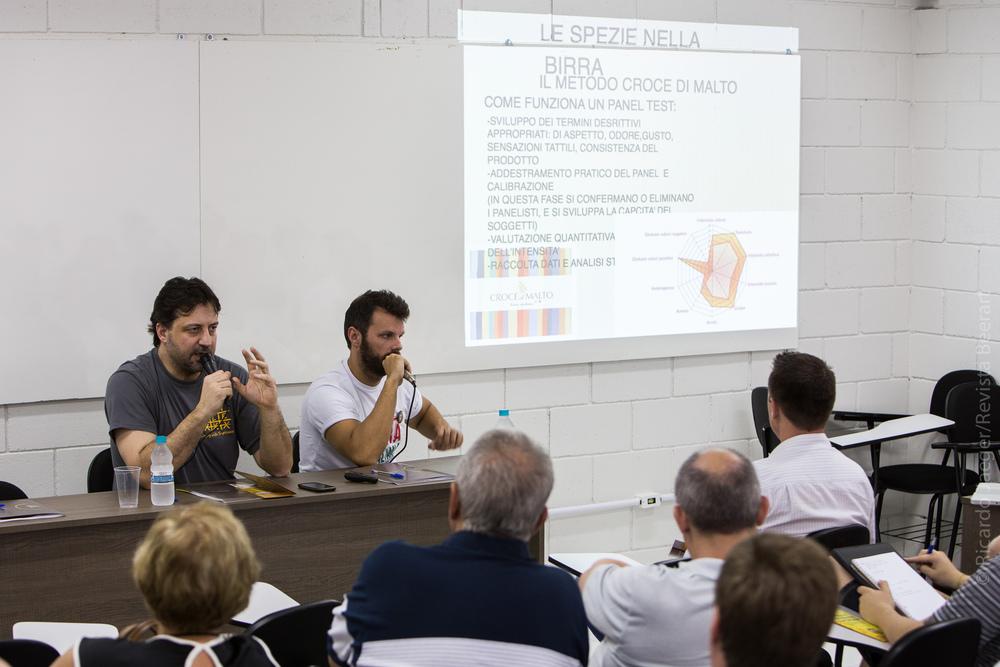 Federico Casari, da microcervejaria italiana Croce di Malto, abriu os debates no Festival Brasileiro da Cerveja (Foto: Ricardo Jaeger)