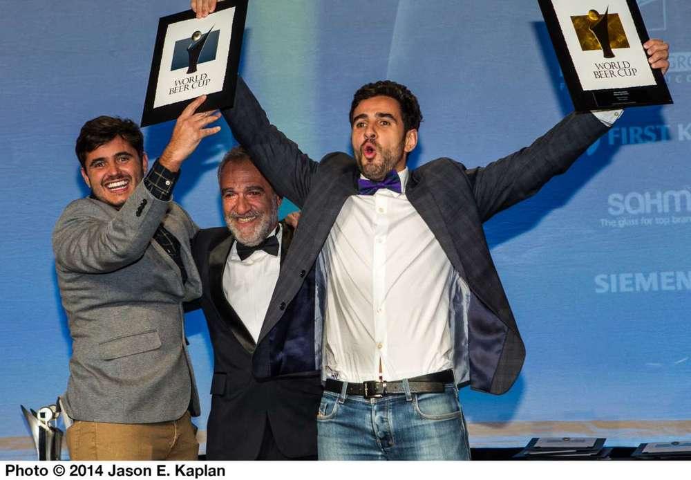 Os irmãos Tiago e José Felipe Carneiro na premiação, na sexta-feira, 11, em Denver, nos EUA (Fotos: Divulgação)