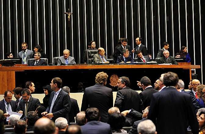 Plenário rejeitou duas emendas que incluiriam fabricantes de bebidas no Supersimples (Foto: Gustavo Lima/Câmara dos Deputados)