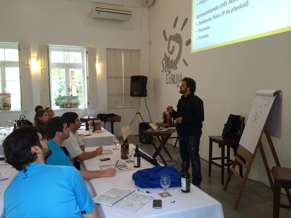 Túlio Rodrigues, da Beer Academy, usa a experiência de executivo de multinacionais e de especialista em marketing para dar dicas aos empreendedores cervejeiros (Foto: Altair Nobre/BeerArt)