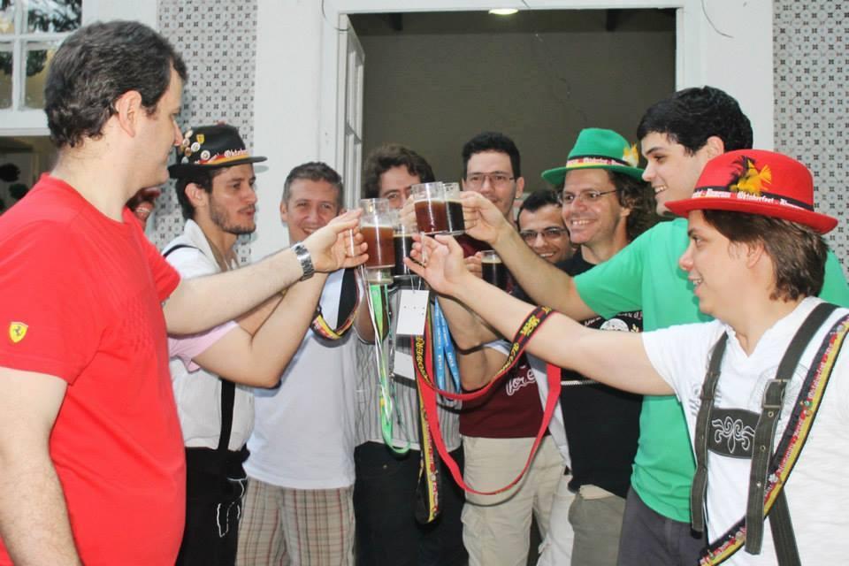 Associados da Acerva Pernambuco unem-se para amenizar as dificuldades na aquisição de matéria prima (Foto: Divulgação)