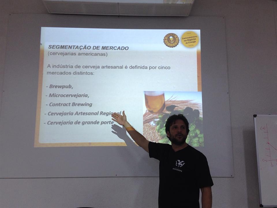 Diretor e professor do curso Túlio Rodrigues (Foto: Divulgação/Beer Academy)