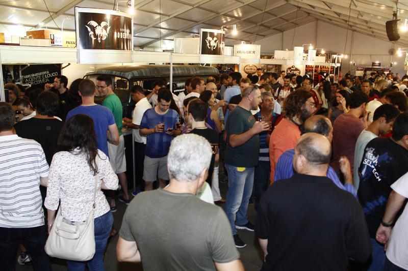Em 2013, cerca de 20 mil pessoas estiveram presentes nos quatro dias do Festival (Foto: Divulgação)