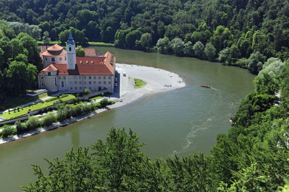 O Mosteiro de Weltenburg, na região da Baviera (Alemanha), é um dos pontos incluídos em roteiro programado para abril (Foto: Divulgação)