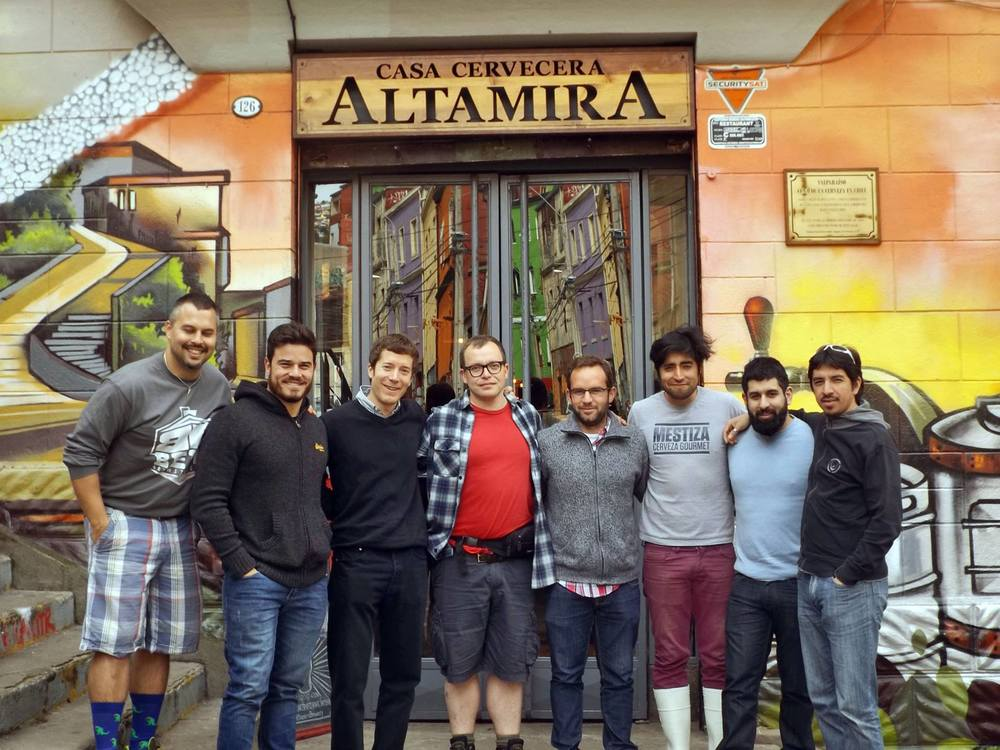 Brassagem da El Guerrero ocorreu em setembro, durante a Copa Cervezas de América, e atraiu um grupo internacional de cervejeiros (Foto: Divulgação)
