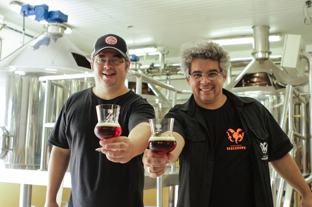 Os irmãos cervejeiros Samuel e Paulo Cavalcanti, fundadores da empresa, partem no dia 6 de fevereiro para Edimburgo (Foto: Divulgação)