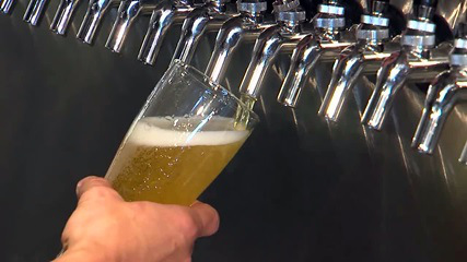 """""""Eu gostaria de agradecer a Anheuser-Busch por trazer ainda mais atenção às cervejas artesanais"""", afirmou o diretor executivo daBrewers of Pennsylvania,Dan LaBert (Foto: Divulgação)"""