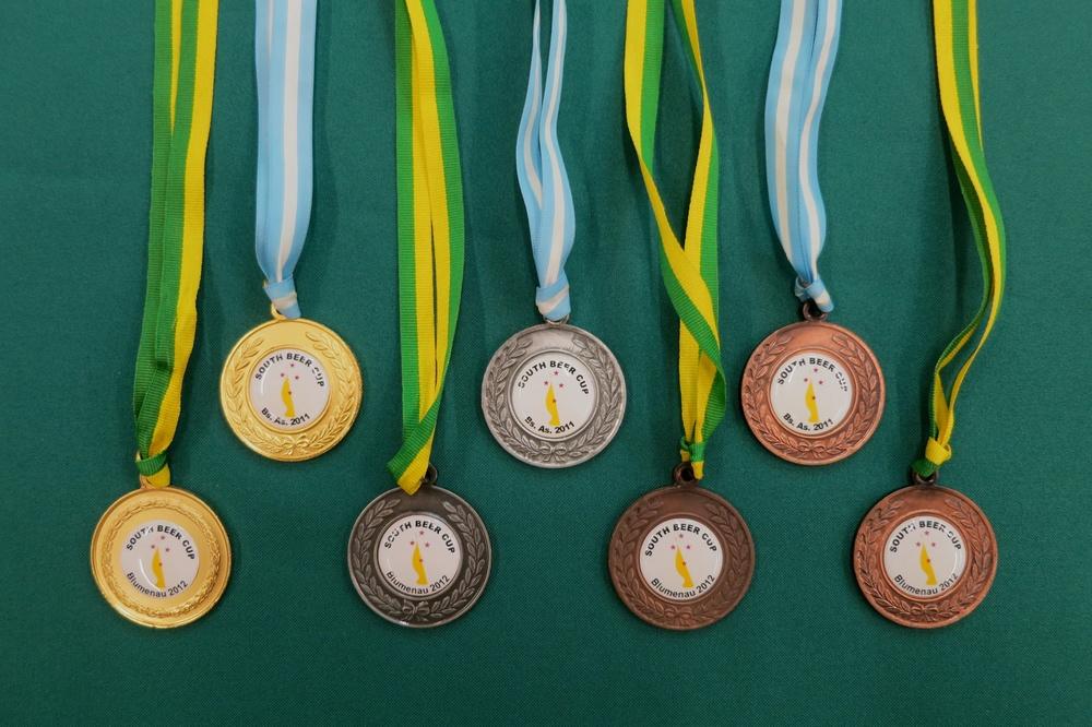 Entre os brasileiros estão: Daniel Wolff, Edu Passarelli, Paulo Schiavetto, Kátia Jorge e Kathia Zanatta (Foto: Divulgação)