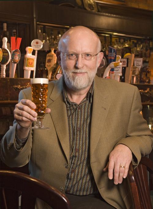 Randy Mosher é um dos mais celebrados experts em cerveja e design de rótulos (Foto: Divulgação)