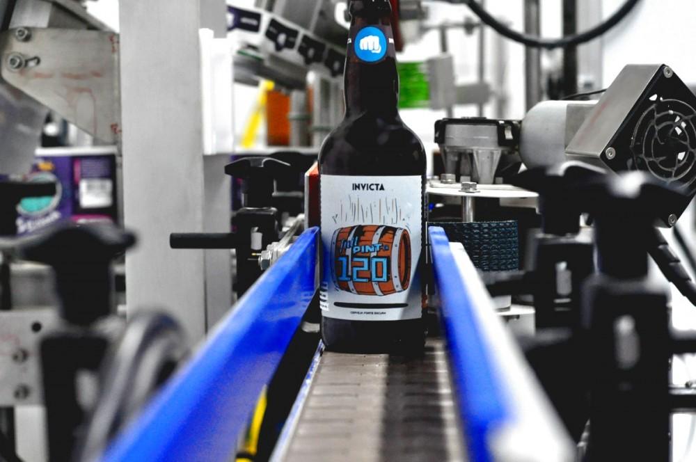 Além das vendas online a bebida estará disponível em pontos de venda de Ribeirão Preto, São Paulo, Franca, Rio de Janeiro e Belo Horizonte (Foto: Fabricio Santos)