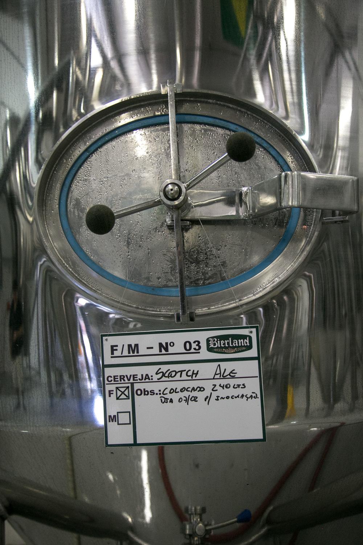 em produção, a Scotch Ale vencedora do concurso cervejeiro caseiro (Foto: Ricardo Jaeger/Beer Art)