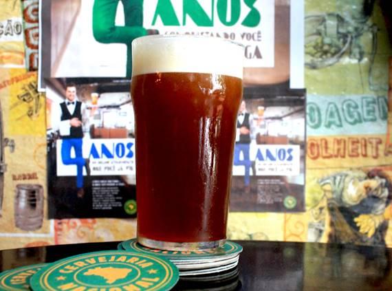 A Drake's,uma Ambar Ale,oi o embrião do projeto que deu origem à Cervejaria (Foto: Divulgação)